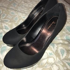 *BRAND NEW* Kenneth Cole Unlisted Heels
